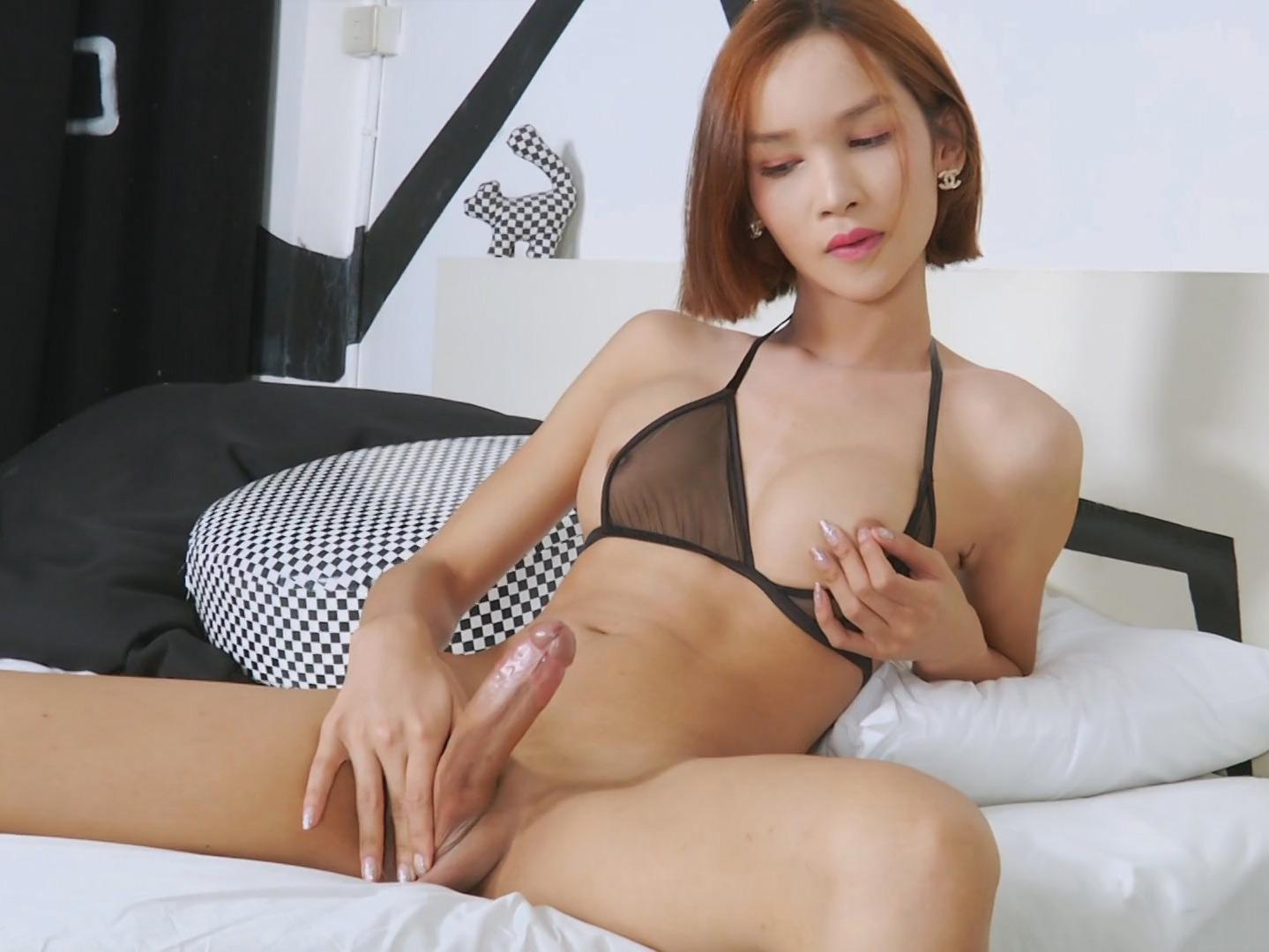 Asian Shemale Hottie Nicol Working Her Neat Pecker