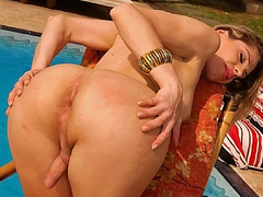 Yago loved to fuck hot trannies lilke Bia