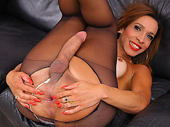 Tranny hot chick Gabrielli Bianco loves cock