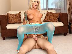 Tempting tranny Aubrey Kate anal banged