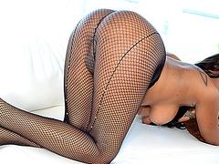 Luscious ebony TS hooker Paris Pirelli ass nailed and jizzed