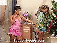 Sheila&Adrian strapon sissysex action