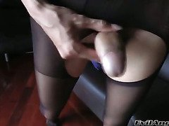 drop dead big cock Asian ladyboy