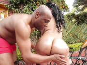 Black dude banging latina tranny