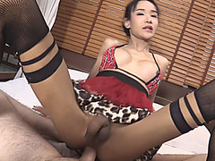 18 yo ladyboy gets her anal fucked bareback on the bed