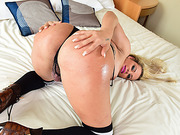 Booty Tgirl Camilla gets her ass ravaged by her hunk partner