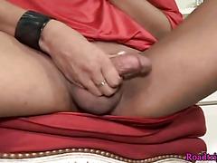 Solo shemale masturbating in highheels