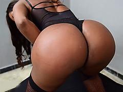 Big ass dark skinned latina tranny gangbang fucked